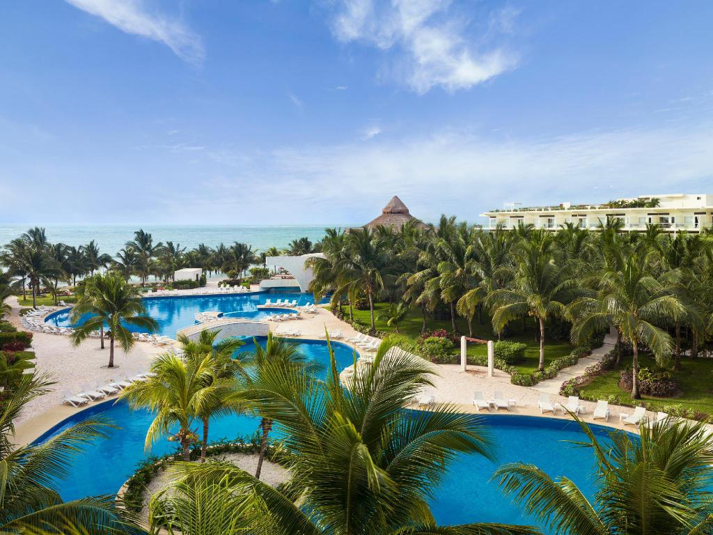 Azul Beach Resort Riviera Cancun by Karisma Gourmet All