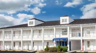 Astounding Hotels Near Ole Times Country Buffet Brunswick Ga Best Interior Design Ideas Gentotryabchikinfo