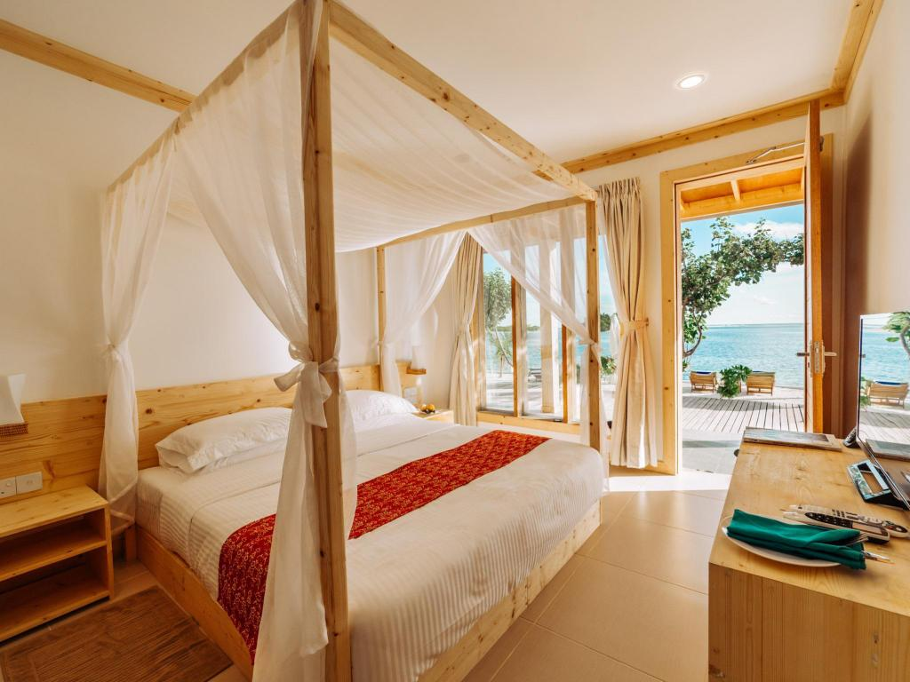 Deluxe Ocean View - Guestroom Wave Sound By 3S Maldives