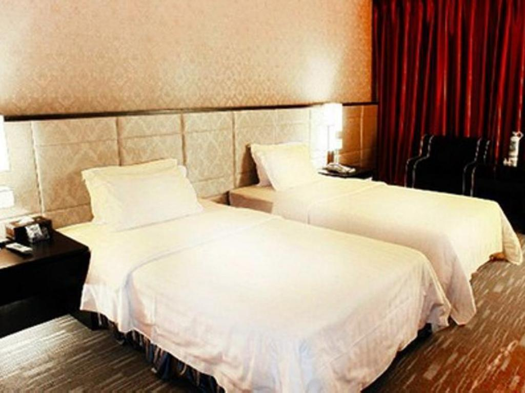 Deluxe Twin - Bed Jinsa Hotel