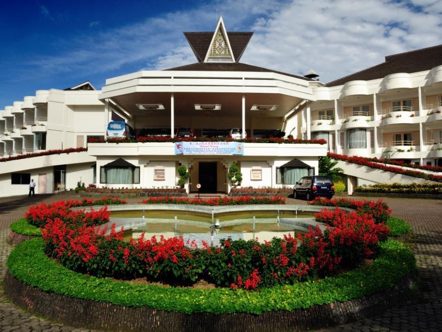 grand mutiara hotel berastagi promo harga terbaik agoda com rh agoda com