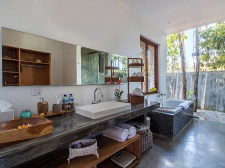 Bathroom De Ubud Villas & Spa