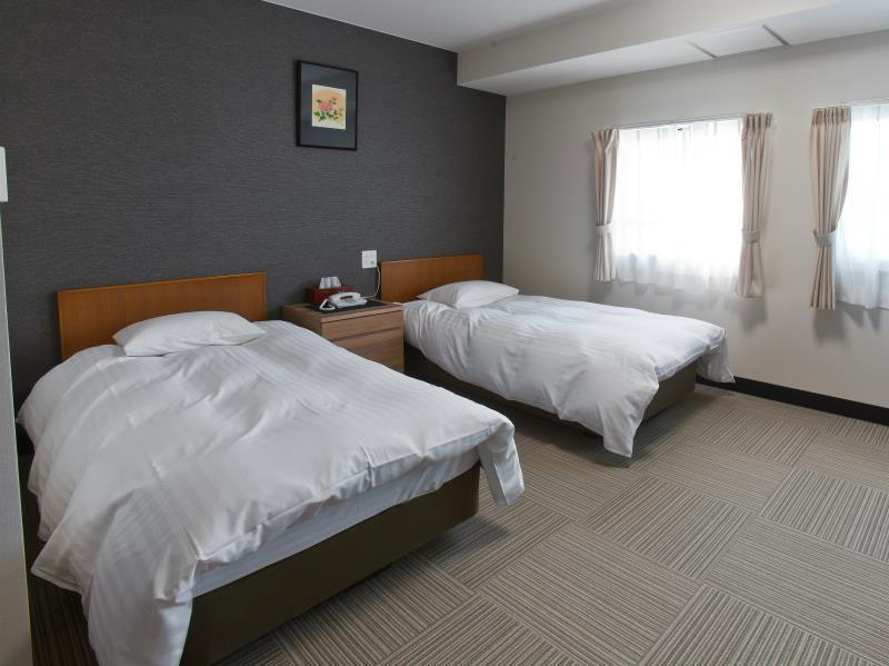 入住時分配客房(2位成人) (Room Selected At Check-In (2 People))