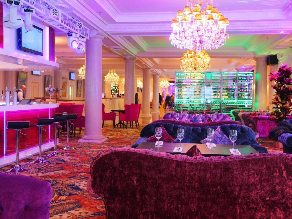 Хотел клуб москва карате клубы в москве