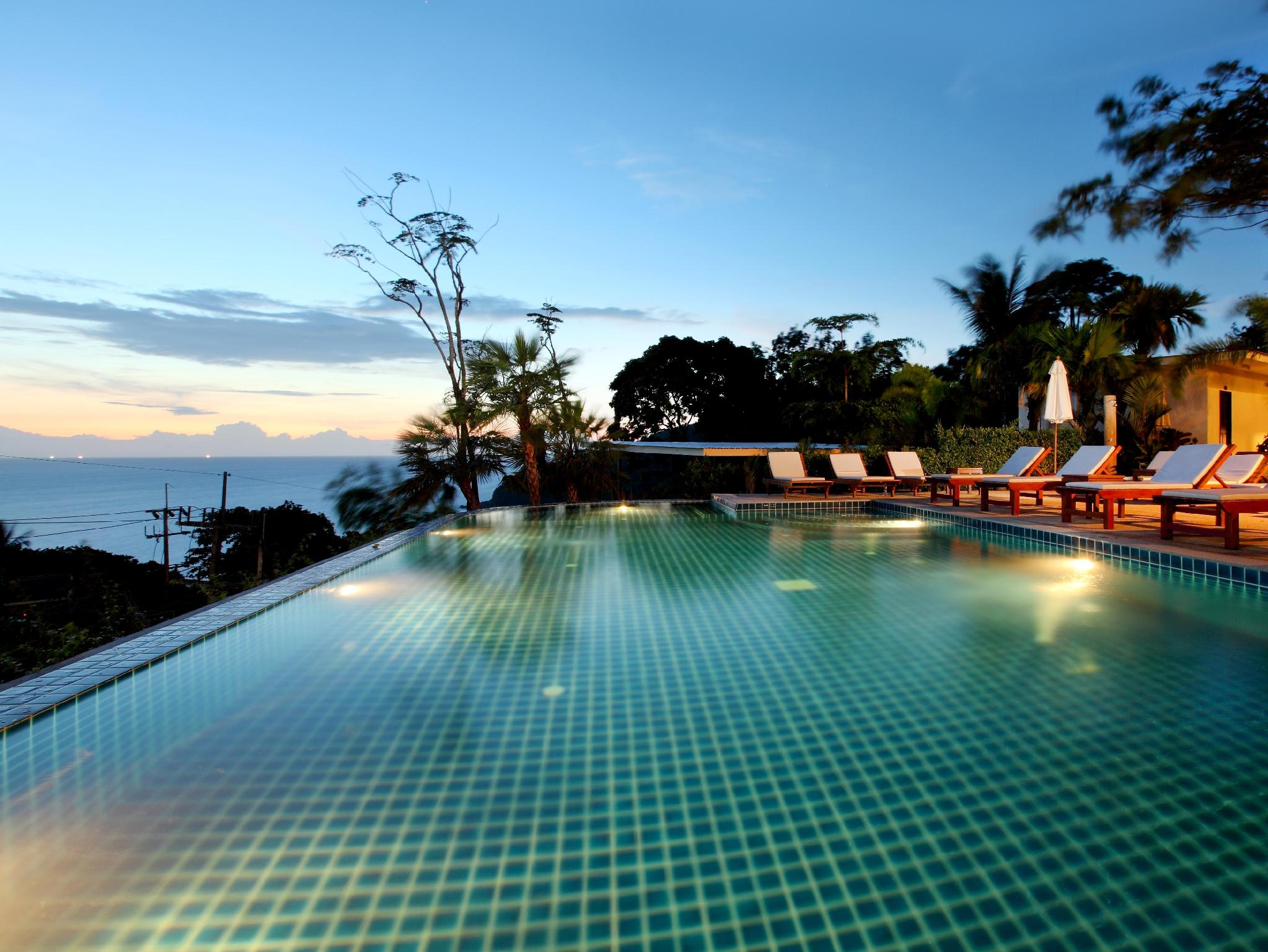 Deluxe Villa with Sunset View