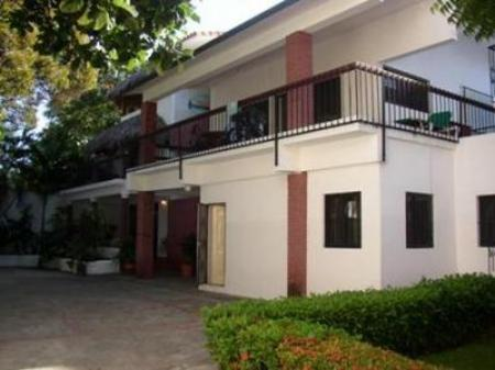 Exterior view Perla de Sosua - Economy Vacation Apartment Rentals