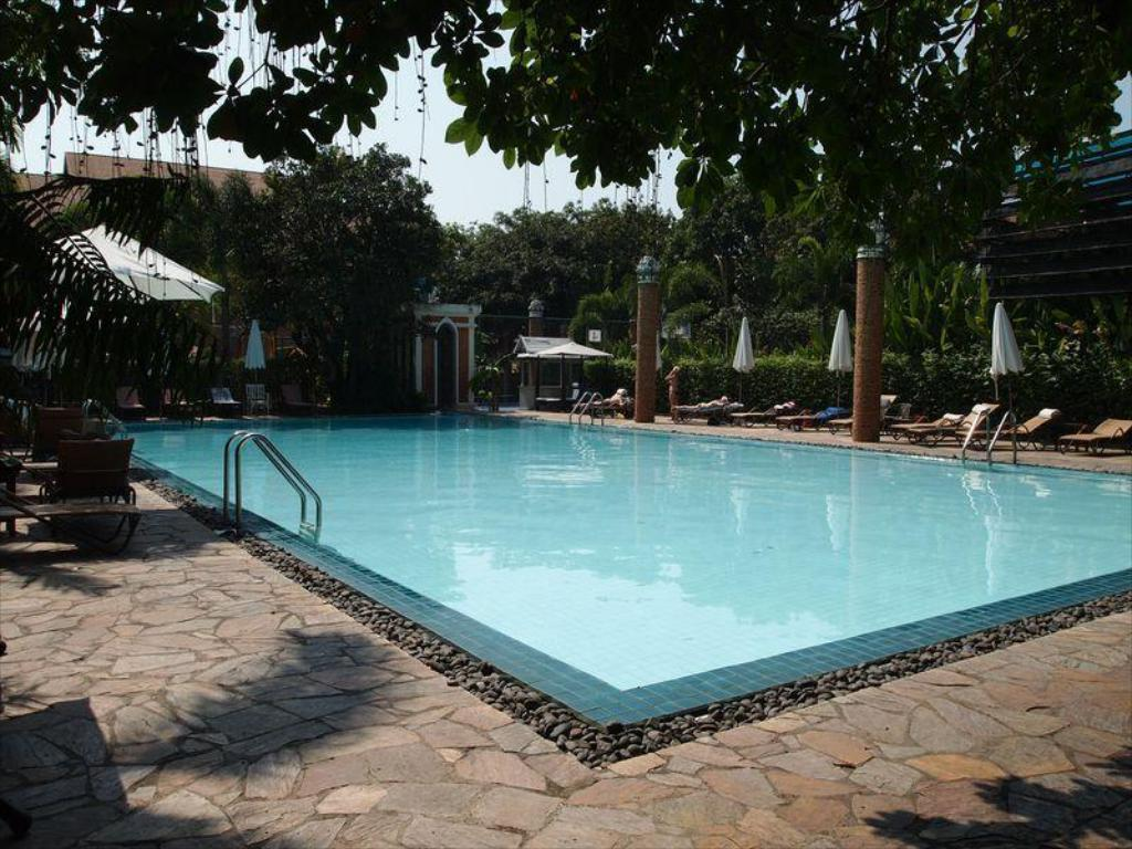 Fairtex sports club hotel in pattaya room deals - Club mahindra kandaghat swimming pool ...