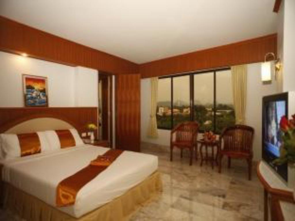 Superior Double - Guestroom Boonsiam Hotel