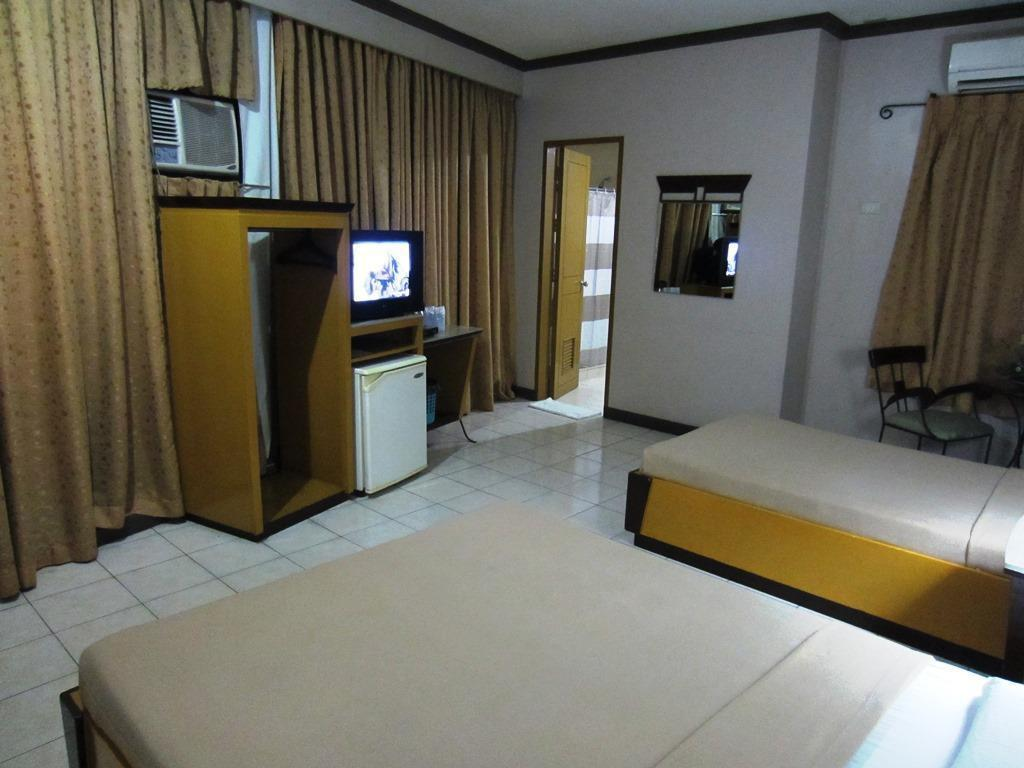 Superior Cebu Business Hotel
