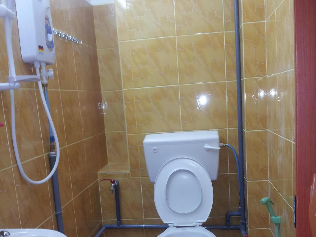 best price on bilton inn in kota kinabalu reviews - Bathroom Accessories Kota Kinabalu