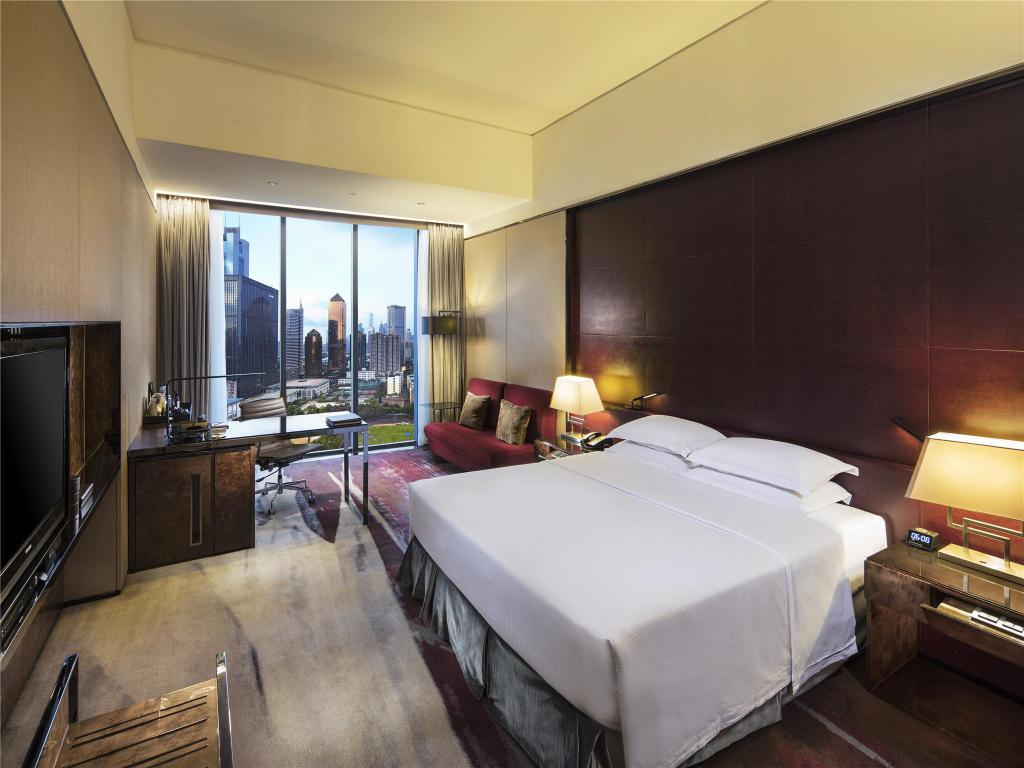 King Accessible Deluxe - View Hilton Guangzhou Tianhe