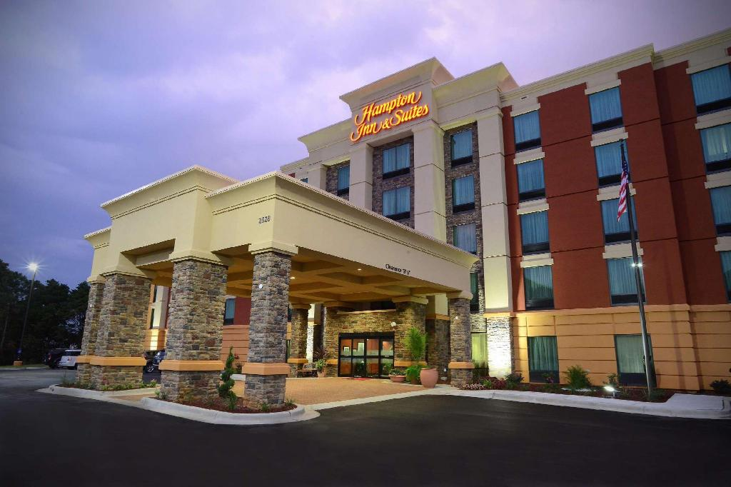 More about Hampton Inn & Suites Albany At Albany Mall