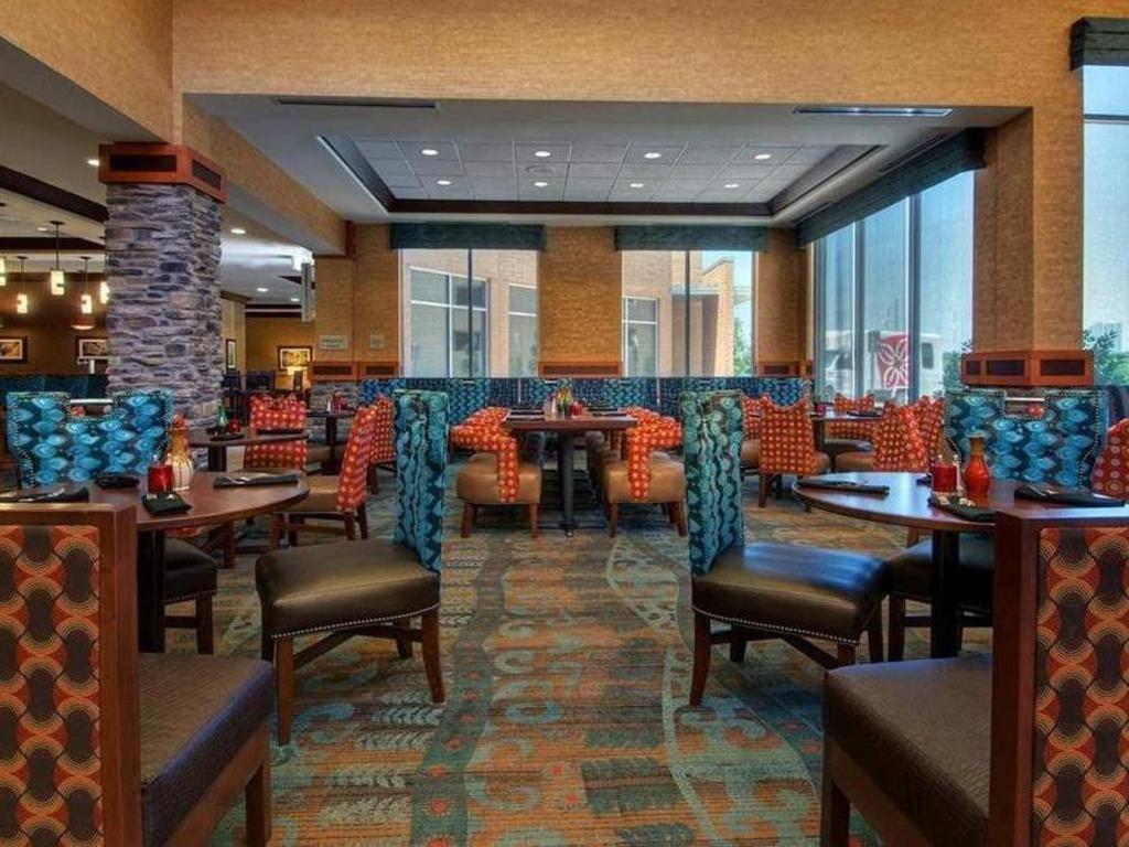 Hilton Garden Inn Fort Worth Medical Center In Fort Worth Tx Room Deals Photos Reviews