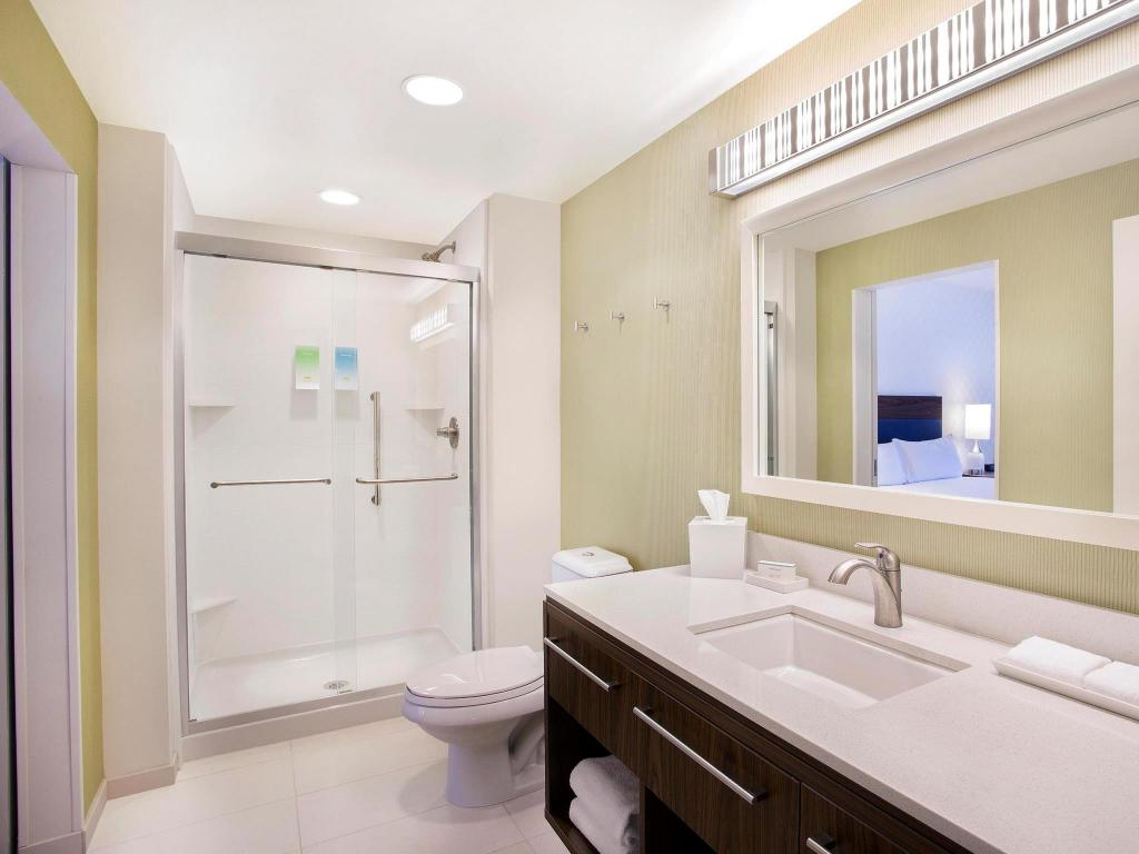 Bathroom Home2 Suites By Hilton Oxford