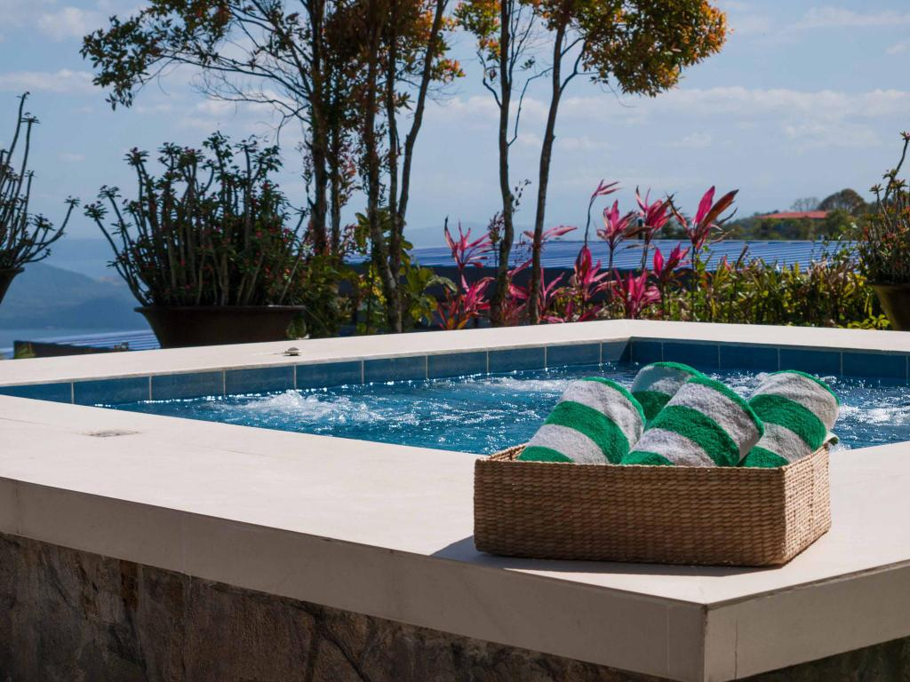 Swimming pool [outdoor] Discovery Country Suites