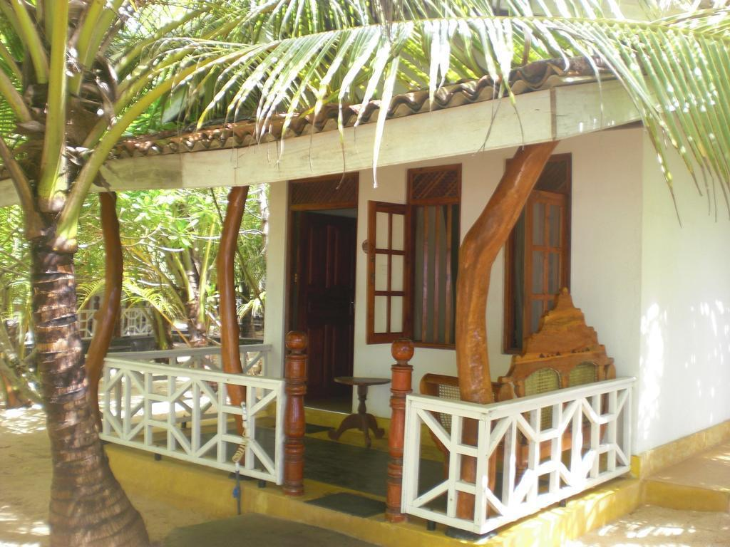 Ibis Guesthouse & Bungalows