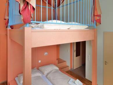 Tower Room (2 Adults + 2 Children)