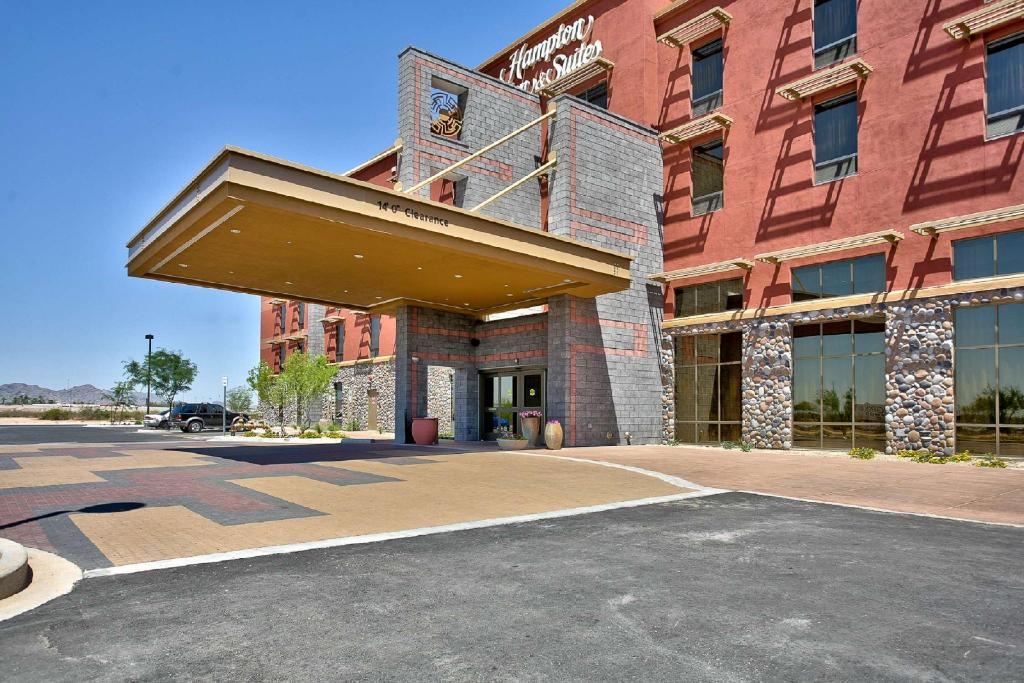 More about Hampton Inn And Suites Scottsdale-Riverwalk