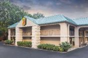 Super 8 By Wyndham Decatur/Lithonia/Atl Area