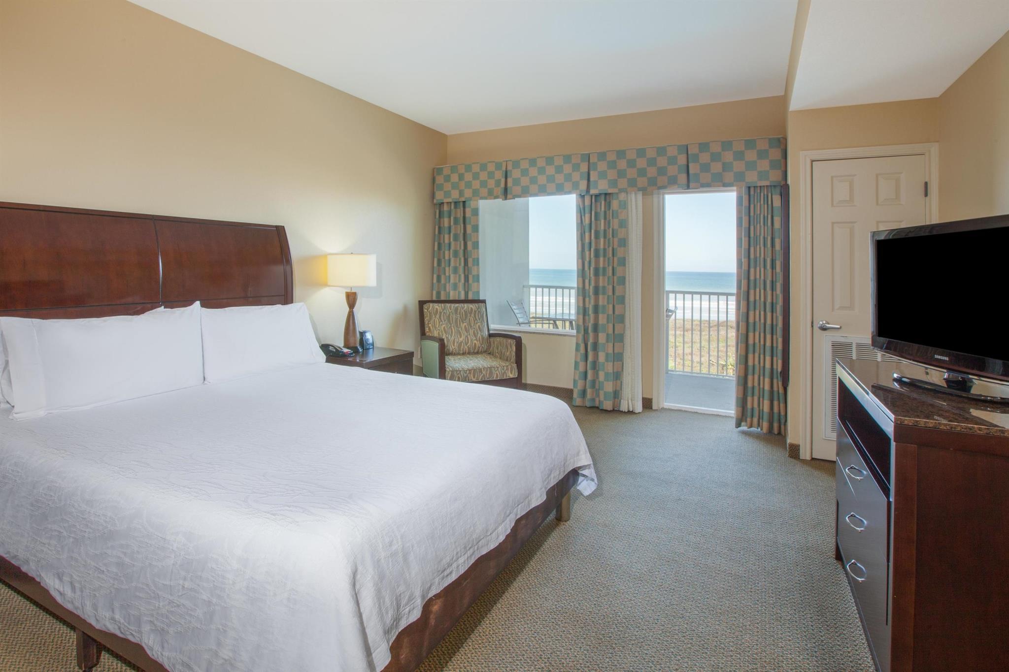 1 King Junior Suite Ocean View