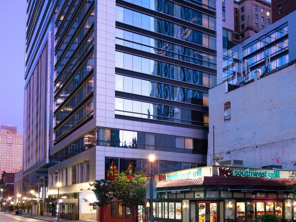 more about hilton garden inn pittsburgh downtown - Hilton Garden Inn Pittsburgh Downtown