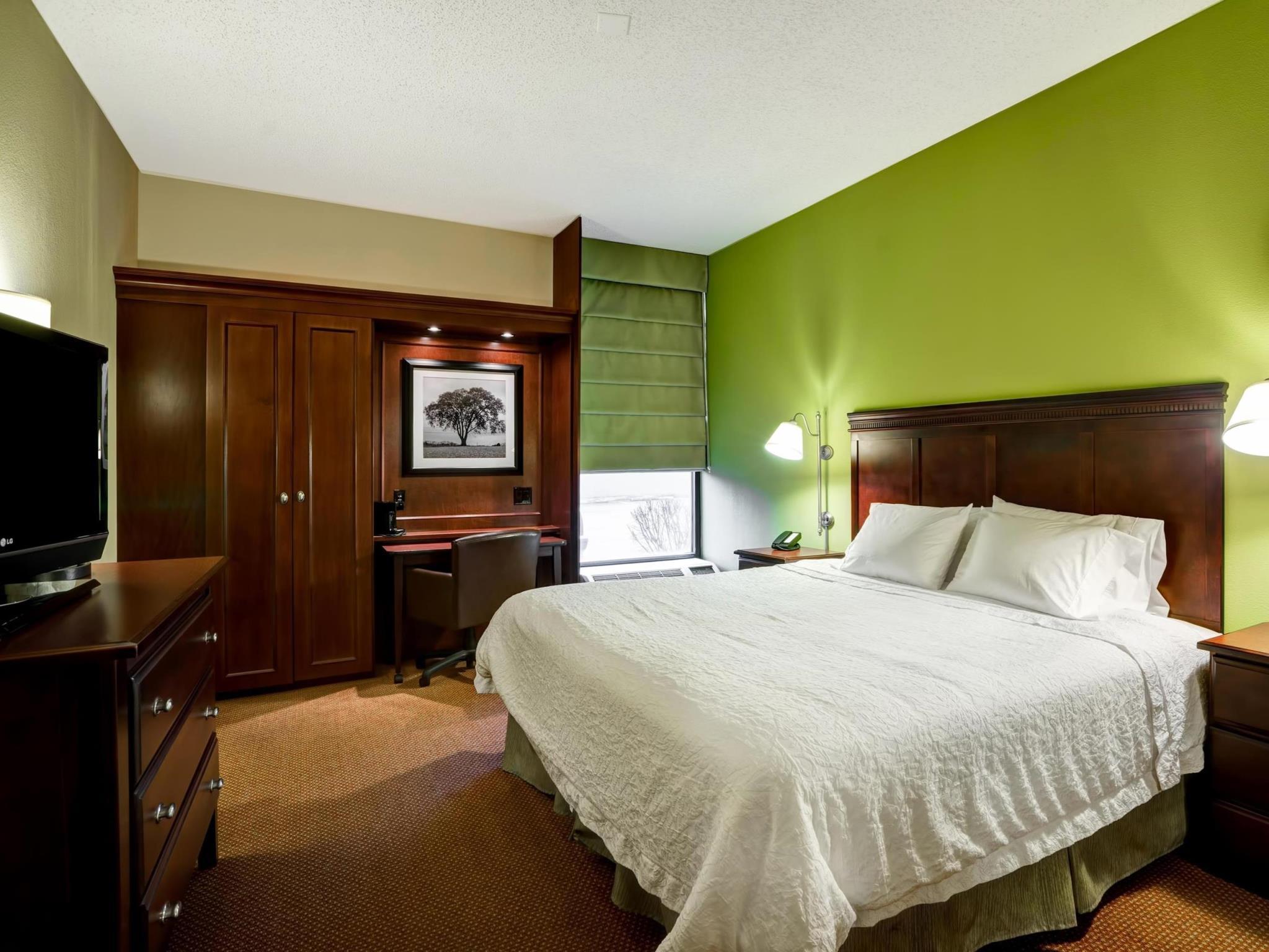 Best Price on Hampton Inn Morgantown in Morgantown (WV) + Reviews