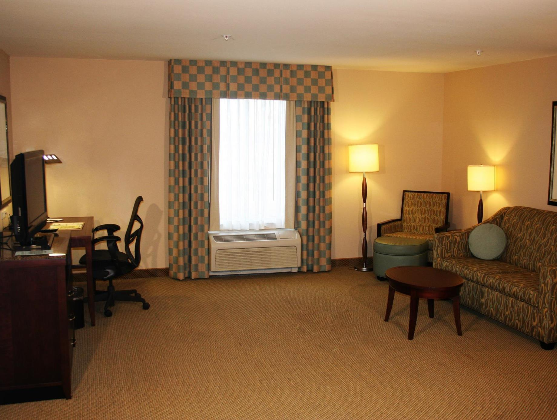 More About Hilton Garden Inn Ames