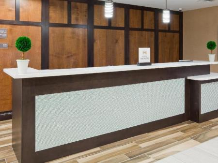 Lobby Homewood Suites by Hilton Davenport