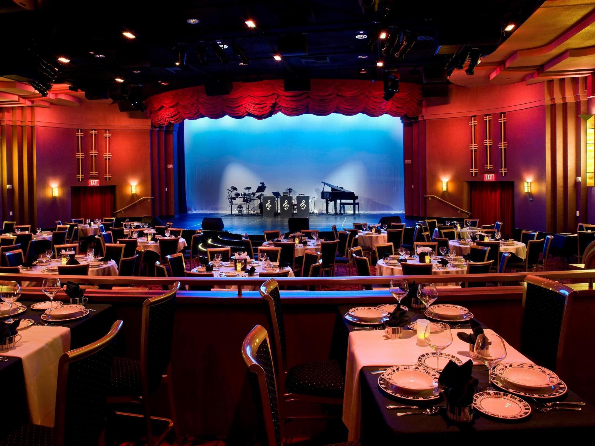 Interior View Hilton Garden Inn Fontana