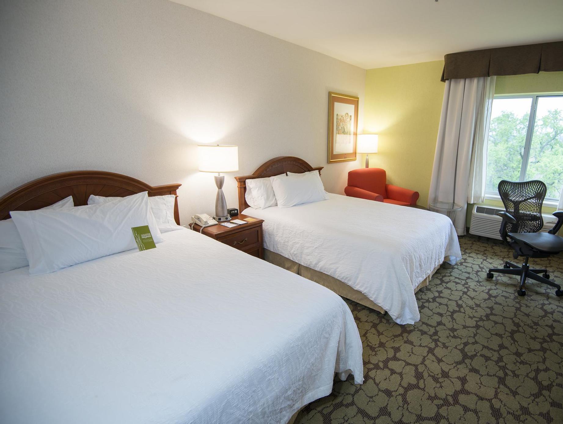 Nice 2 Queen Beds Design
