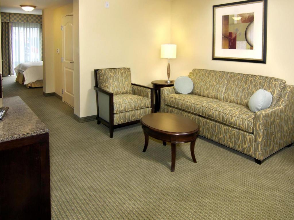 Best Price on Hilton Garden Inn Charlotte Ayrsley in Charlotte (NC ...