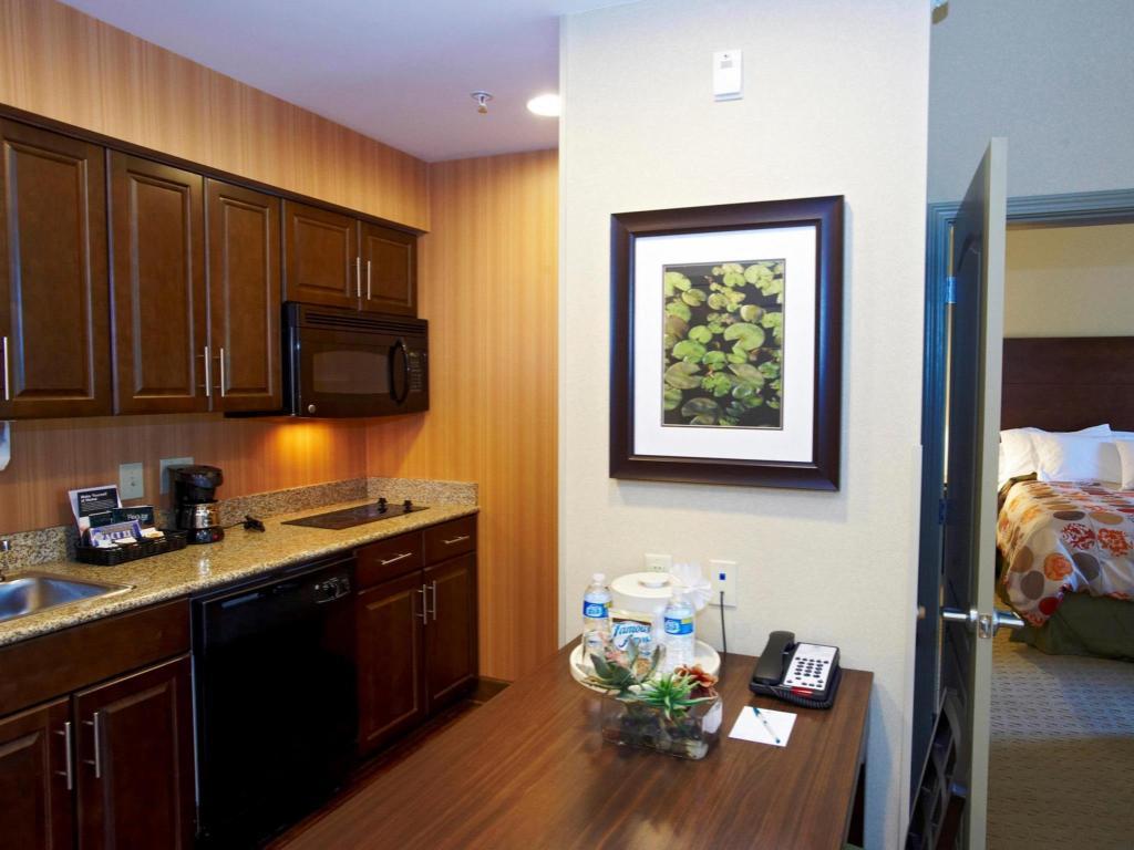 Homewood suites by hilton birmingham sw riverchase - 2 bedroom suites in birmingham al ...