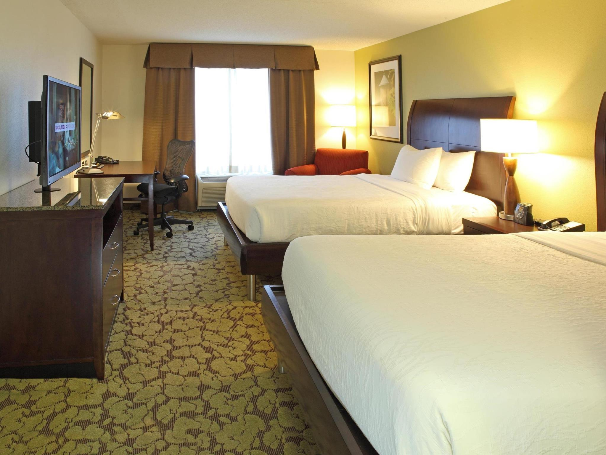 2 queen beds - Hilton Garden Inn Frederick Md