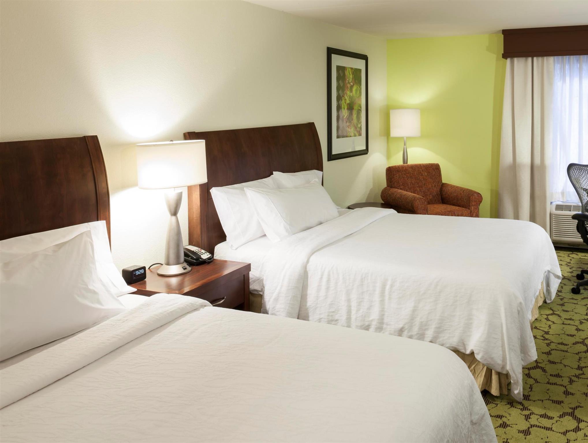 2 queen beds - Hilton Garden Inn Duncanville