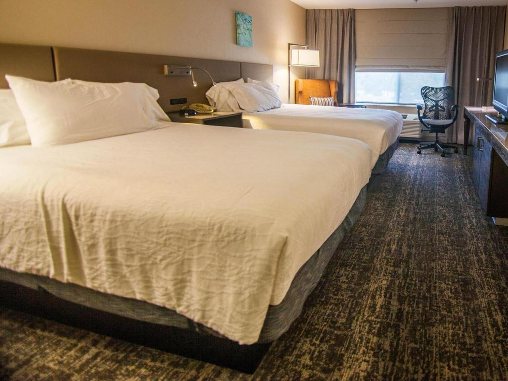 2 queen beds guestroom hilton garden inn fairfield - Hilton Garden Inn Fairfield