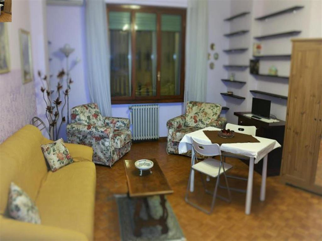 Soggiorno Karaba Guesthouse Bed And Breakfast Florence Deals Photos Reviews