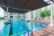 Luxury Stay at Heart of BKK, closed to MRT.