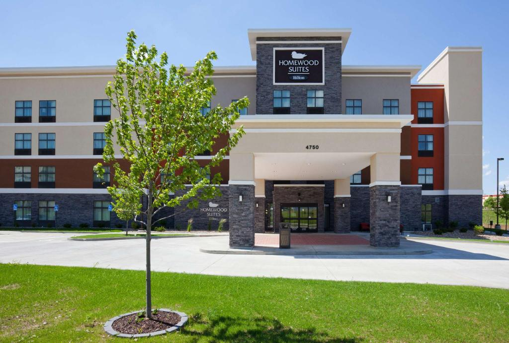 More about Homewood Suites by Hilton Davenport