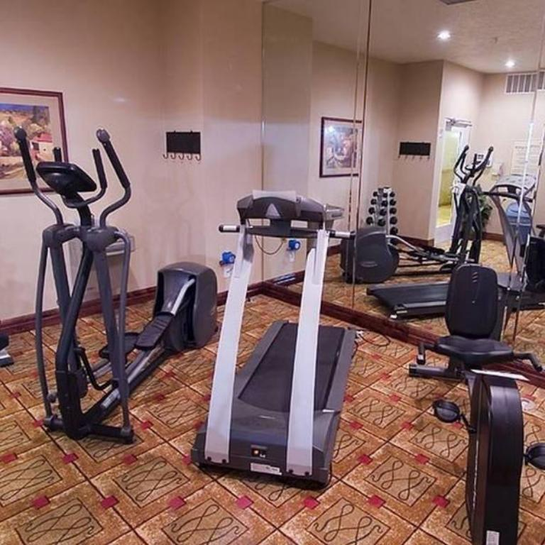 Фитнес-центр Homewood Suites by Hilton Albuquerque Journal Center