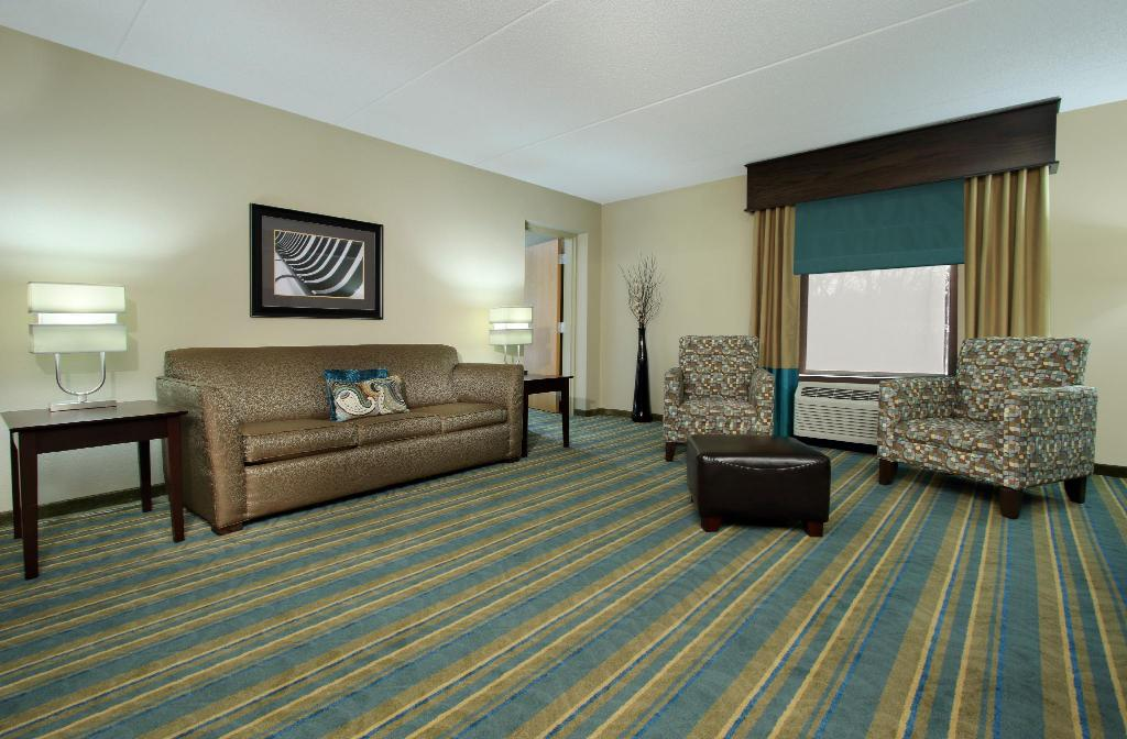 1 King 1 Bedroom Suite Non-Smoking - Room plan