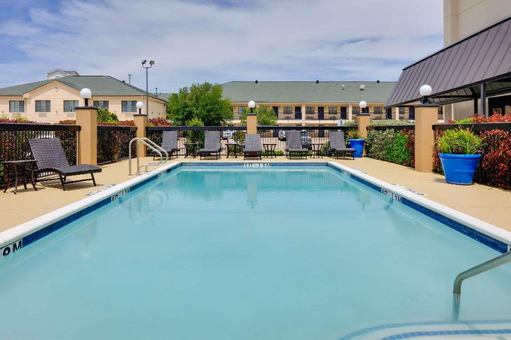 Bazen Hampton Inn Weatherford