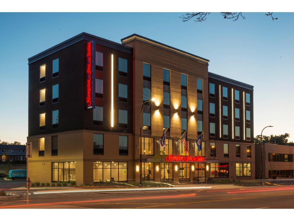 More about Hampton Inn and Suites Minneapolis University Area