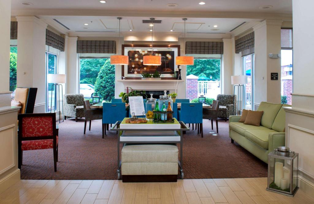 Лобби Hilton Garden Inn Rock Hill