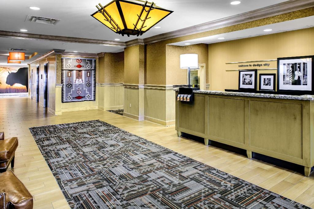 Aula Hampton Inn and Suites Dodge City