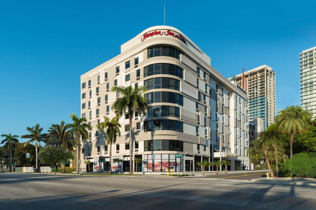 Hampton Inn and Suites Miami Midtown
