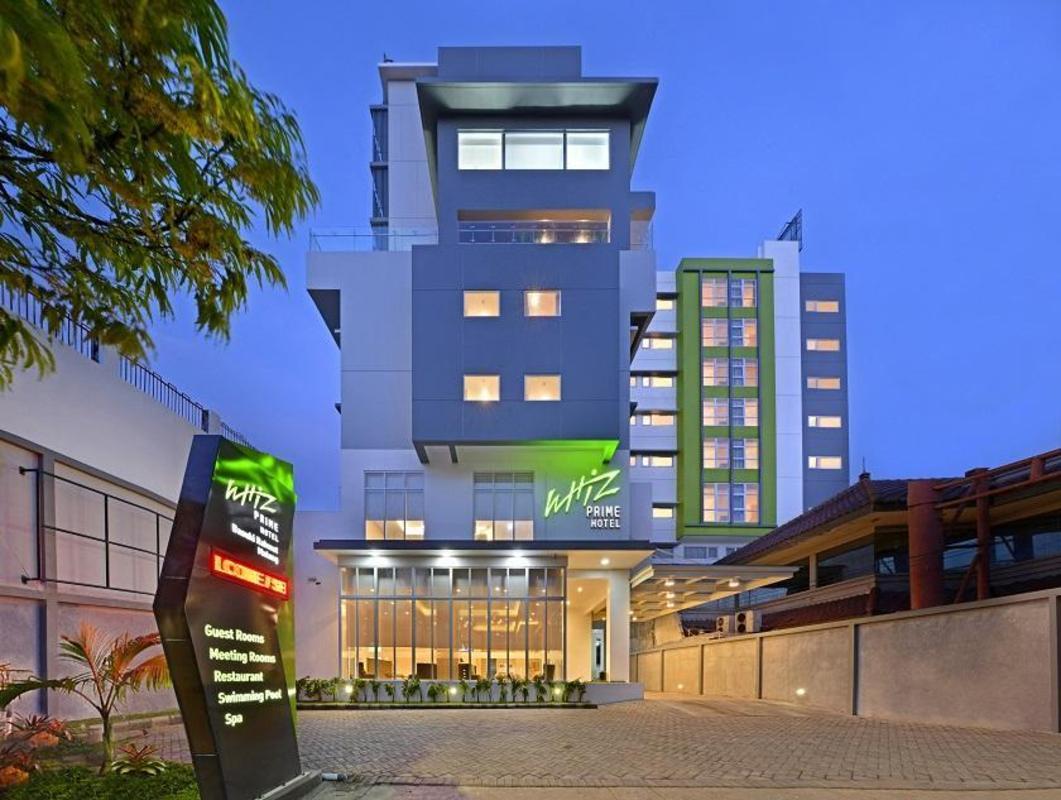 Whiz Prime Hotel Basuki Rahmat Malang In Indonesia Room Deals Photos Reviews