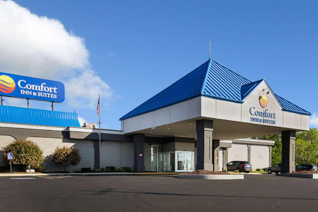 Comfort Inn and Suites Airport Syracuse