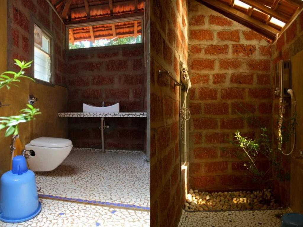 Bathroom Atithi Parinay - Home Stay