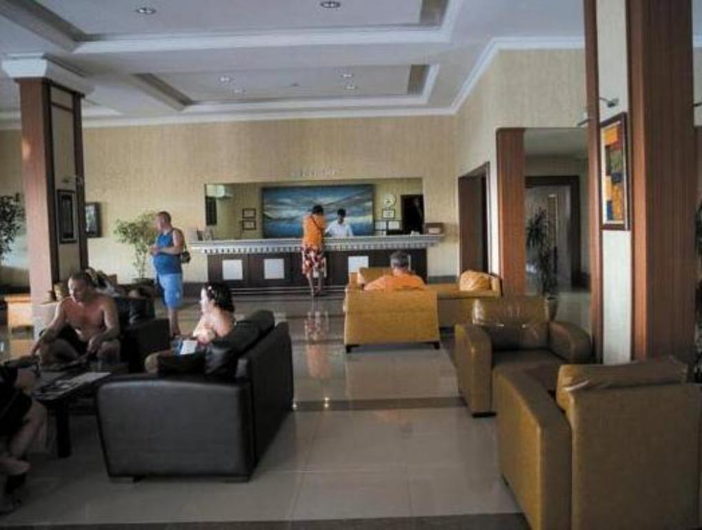 Lobby Aska Bayview Resort - All Inclusive