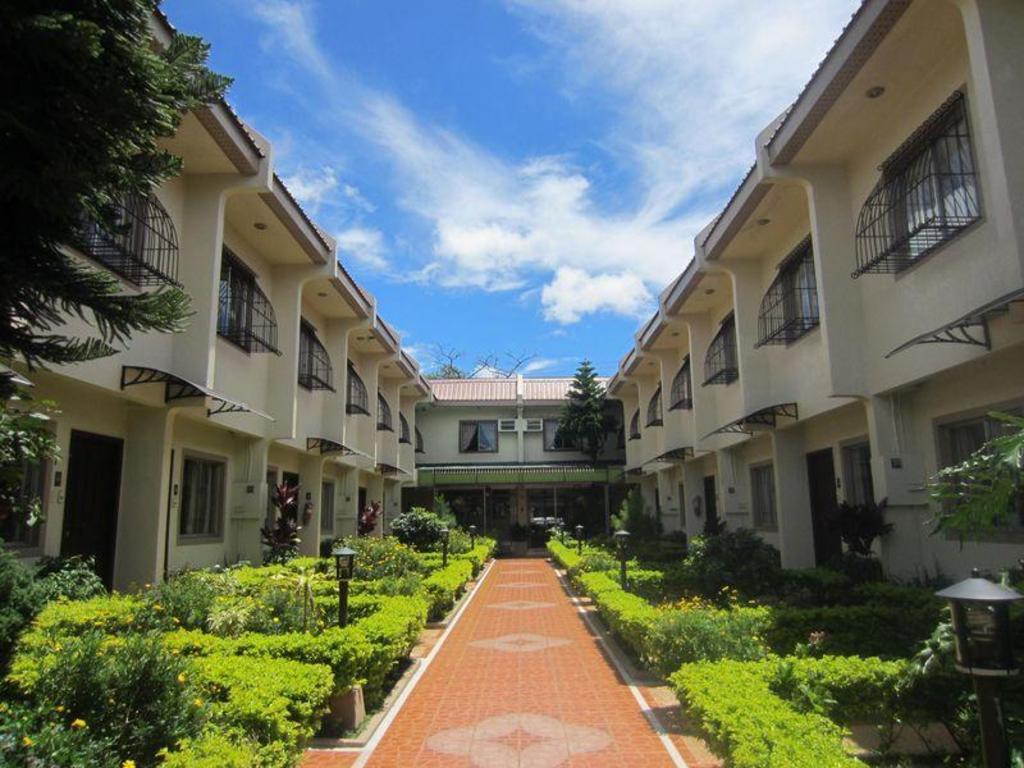 Baguio Holiday Villas in Philippines - Room Deals, Photos